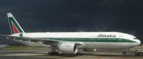 Alitalia recortaría 2.600 empleos para reducir costos