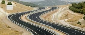 Fechaco debate proyecto de red de autopistas y rehabilitación de ferrocarril