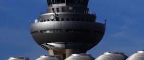 España privatizaría los aeropuertos de AENA en 2013