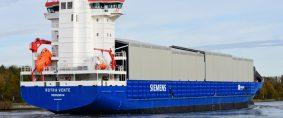 Primer buque customizado para el transporte de turbinas eólicas