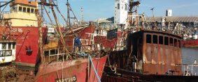 Buques inactivos a desguace en Mar del Plata