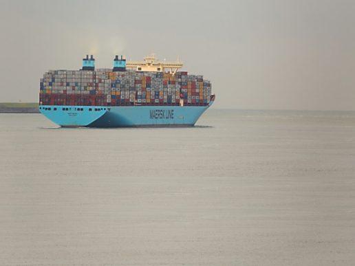 Transporte marítimo, Maersk quiere una menor dependencia