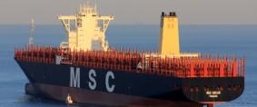 Maersk y MSC inauguran la 2M cargando en Dalian