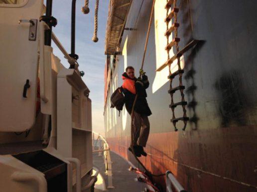 Bajarían los costos de practicaje en puertos