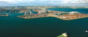 Millonaria inversión para la expansión del puerto de Long Beach