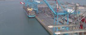 Zeebrugge con terminal de contenedores 100% china
