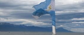 Prioridad: Cruzar el Estrecho de Magallanes por aguas argentinas