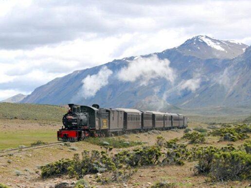 La Trochita: 76 años sobre los rieles de la Patagonia