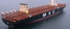 El buque fullcontainer más grande del mundo