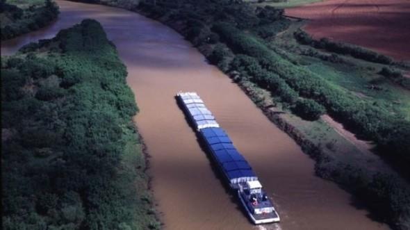 Canal Magdalena, hidrovía y una licitación polémica
