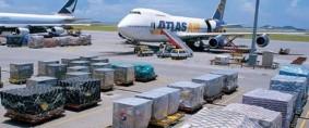 Cargas aéreas, baja el crecimiento mundial