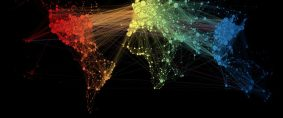 Mapa muestra las conexiones del tráfico aéreo mundial